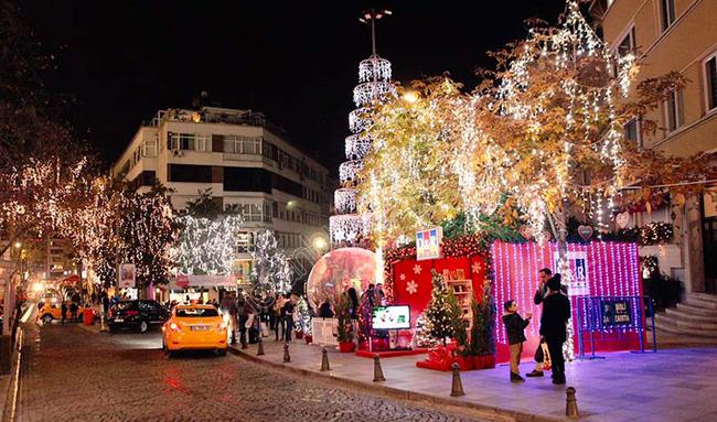 تزئین خیابانهای استانبول
