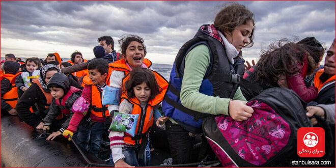 اگر در راه مهاجرت یکی از اعضای خانواده خود را گم کردهاید، از هلال احمر کمک بخواهید